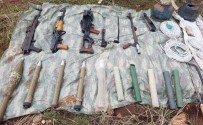HARMANLı - Terör Örgütlerinin Kırsal Sığınakları İmha Ediliyor