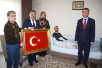 ERSIN YAZıCı - Vali Yazıcı Afrin Gazisini Ziyaret Etti