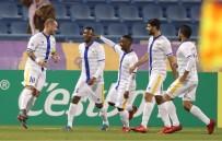 WESLEY SNEIJDER - Sneijder Katar'da kendini buldu