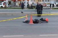 SERVİS OTOBÜSÜ - Aynı Yolda 24 Saat İçinde İkinci Kaza Açıklaması 1 Ölü