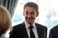 NİCOLAS SARKOZY - Eski Fransa Cumhurbaşkanı Sarkozy gözaltına alındı