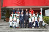 RıDVAN FADıLOĞLU - Fadıloğlu Şampiyonları Ağırladı