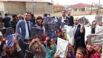 CUMHURIYET - Hakim Ve Savcılar Köy Okulunda Öğrencilere Kitap Dağıttı