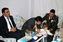MUSTAFA KORKMAZ - Kaymakam Hamitoğlu'ndan Şehit Ailelerine Ziyaret