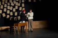 SUMRU YAVRUCUK - Maltepe'de Tiyatro Zamanı