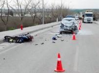 GÖÇERI - Otomobille Motosiklet Çarpıştı Açıklaması 2 Ölü, 1 Yaralı