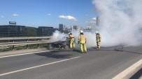 ASLANTEPE - (Özel) TEM Otoyolu'nda Otomobil Alev Alev Yandı