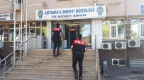 SAKARYA CADDESİ - Parkta Üzerinde Uyuşturucu Yakalanan Şahıs Tutuklandı