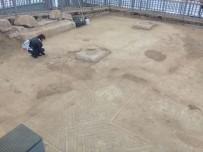 TEKSTİL MALZEMESİ - Restoratörler Mozaiği İnceledi