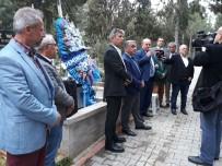 TÜRKIYE SPOR YAZARLARı DERNEĞI - 'Şampiyon Ali' Mezarı Başında Anıldı