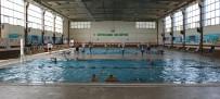 SU SPORLARI - Şanlıurfa Büyükşehir Belediyesi Yüzme Takımından Başarı