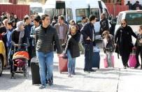 SOSYAL HİZMETLER - Akın Akın Gelen İranlı Turistlere Sıcak Karşılama