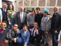 EYÜP BELEDİYESİ - Arda Turan Ve Emre Belözoğlu, Eyüp Sultan'da Down Sendromlu Çocuklarla Pasta Yaptı