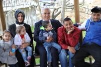 Barakazi Çiftinden Özel Çocuklara Ziyaret