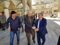 Başkan Özkan'dan Yaşlılara Ve Down Sendromlulara Ziyaret