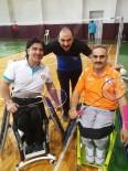 TEKERLEKLİ SANDALYE - Buca, Engelli Badminton Da Türkiye Şampiyonu