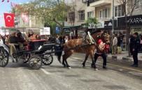 MEHTER TAKIMI - Festivalde At Huysuzlandı, Şehzadeler Yaya Kaldı