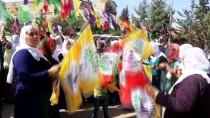 ZIRHLI ARAÇLAR - Güneydoğu'da Nevruz Coşkuyla Kutlandı