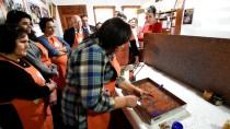 SITKI KOÇMAN ÜNİVERSİTESİ - Kanser Hastalarına 'Ebru'lu Terapi