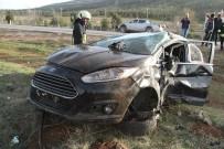TRAFIK KAZASı - Kontrolden Çıkan Otomobil Devrildi Açıklaması 1 Yaralı