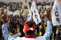 ABDULLAH ÖCALAN - Öcalan Lehine Sloganlara Nevruz Komitesi Geçit Vermedi