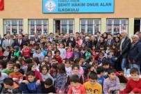 İÇİŞLERİ BAKANI - Şehit Babası Açıklaması 'Oğulsuz Duruluyor Ama Vatansız Durulmuyor'