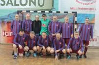KUPA TÖRENİ - Trabzonspor'un Efsanelerinin Yer Aldığı Salon Futbol Turnuvası Sona Erdi