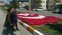 ŞEHİT ANNESİ - Türk Bayrağı Peyzaj Çalışması Şehit Ailesini Gururlandırdı