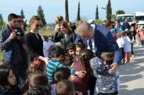 AHMET YıLMAZ - Başkan Atabay, Öğrencilerle Fidan Dikti