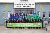 RıDVAN FADıLOĞLU - Başkan Fadıloğlu, Yeşil Sahanın Şampiyonlarıyla Buluştu