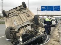 MÜHENDISLIK - Çorlu'da Trafik Kazası Açıklaması 1 Yaralı