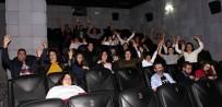 MEDICAL PARK - Down Sendromlu Çocuklarla Birlikte Sinemaya Gittiler