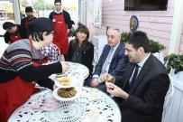 SOKAK HAYVANLARI - Down Sendromlu Meraklı Aşçılar Zahir Kafe'de Buluştu