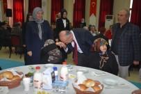 EV TEMİZLİĞİ - Dursunbey Belediyesi Yaşlıları Unutmadı