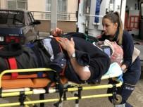 EHLİYETSİZ SÜRÜCÜ - Ehliyetsiz Sürücünün Çarptığı Yaya Ağır Yaralandı