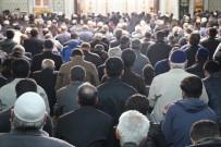 BELEDİYE BAŞKANI - Elazığ'da Regaip Kandili Coşkusu