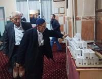 BELEDİYE BAŞKANI - Hisarcık Belediyesi Kandil Simidi Dağıttı