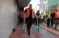 PAYAS - İşçiler İş Bıraktı, Temizliği Başkan Yaptı
