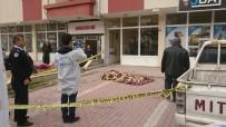Konya'da 4. Kattan Düşen Kadın Hayatını Kaybetti