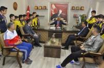 GÜNEYDOĞU ANADOLU - Mehmet Yağcı GKV'nin Şampiyon Takımlarını Ağırladı