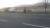 Niğde'de Otomobil Takla Attı Açıklaması 3 Yaralı