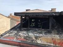 ALTINORDU - Ordu'da Çatı Katı Yangını