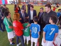 ŞEREF AYDıN - Özel Öğrenciler Futbol Oynamayı Sevdi