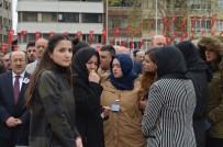 Şehit Polis Yunus Çavdar İçin Valilik Önünde Tören Yapıldı