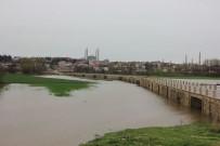 KıRKPıNAR - Tunca Nehri 'Kırmızı Alarm' Seviyesine Yükseldi
