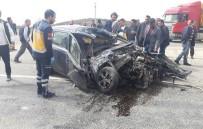 GÜVENLİK GÜÇLERİ - Uşak'ta Trafik Kazası Açıklaması 1 Ölü