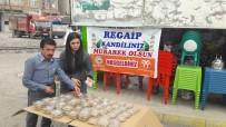 Bismil Belediyesinden Vatandaşlara Halka Tatlısı İkramı