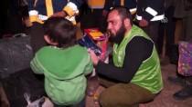 MUHALİFLER - Doğu Guta'dan Tahliye Edilen İlk Kafile İdlib'e Ulaştı
