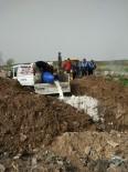 SÜT ÜRÜNLERİ - Reyhanlı'da 2 Buçuk Ton Bozuk Süt Ve Yoğurt İmha Edildi