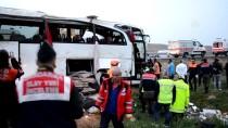 Aksaray'da Yolcu Otobüsü Şarampole Devrildi Açıklaması 4 Ölü, 27 Yaralı